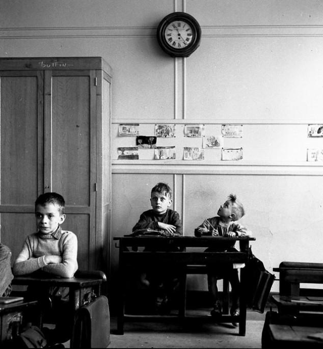School kid time Robert Doisneau.jpg