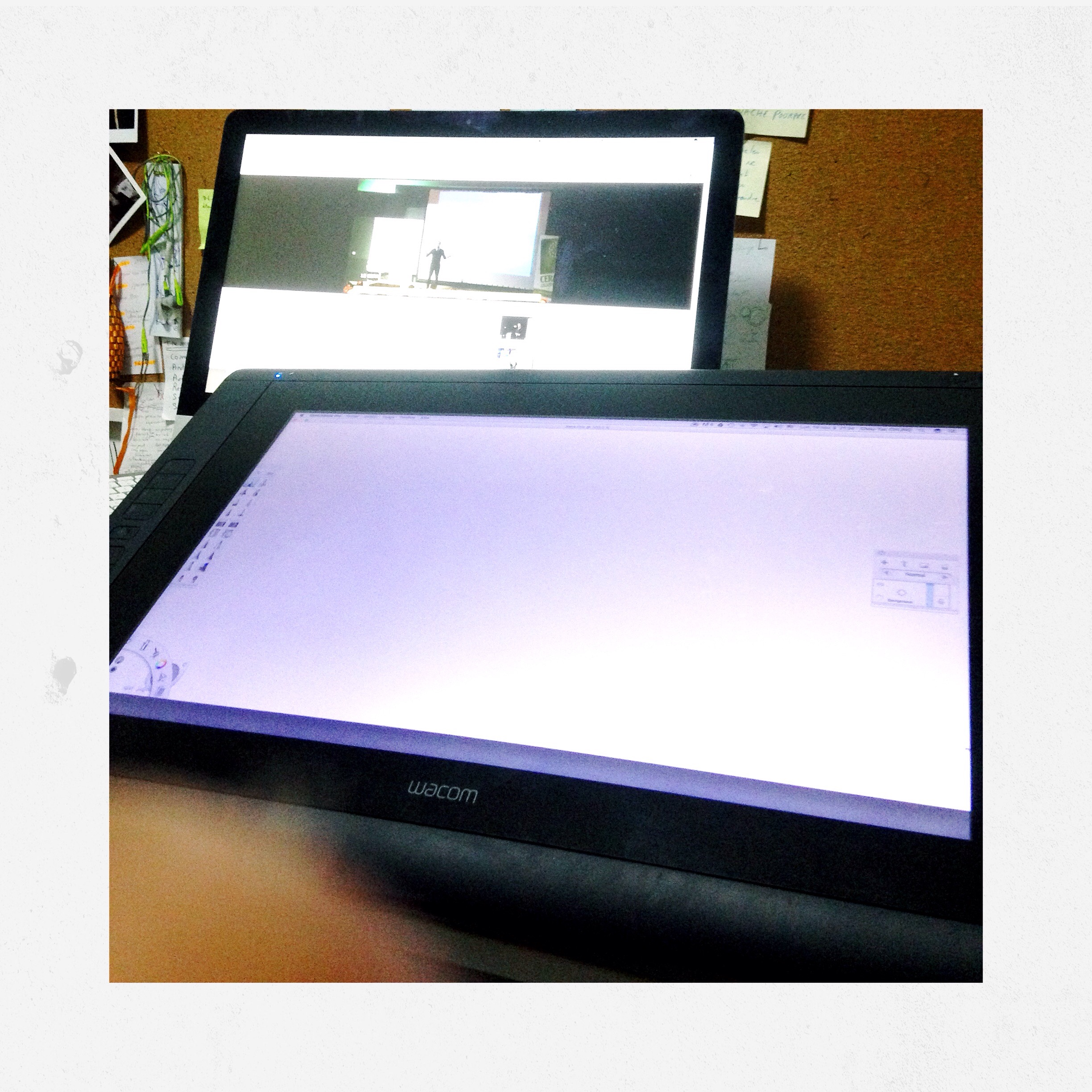 Ergotron How to install Wacom Cintiq 22HD Design Sketching the designsketchbook a.JPG
